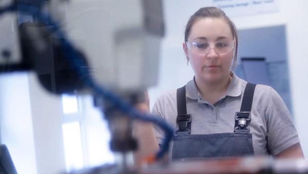Werkzeugmechanikerin-Anna